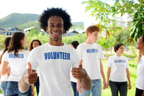 5 Life-Changing Reasons Why More People Should Become Philanthropists and Volunteers